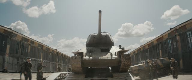 """画像: これが最強戦車""""T-34-85""""だ!"""