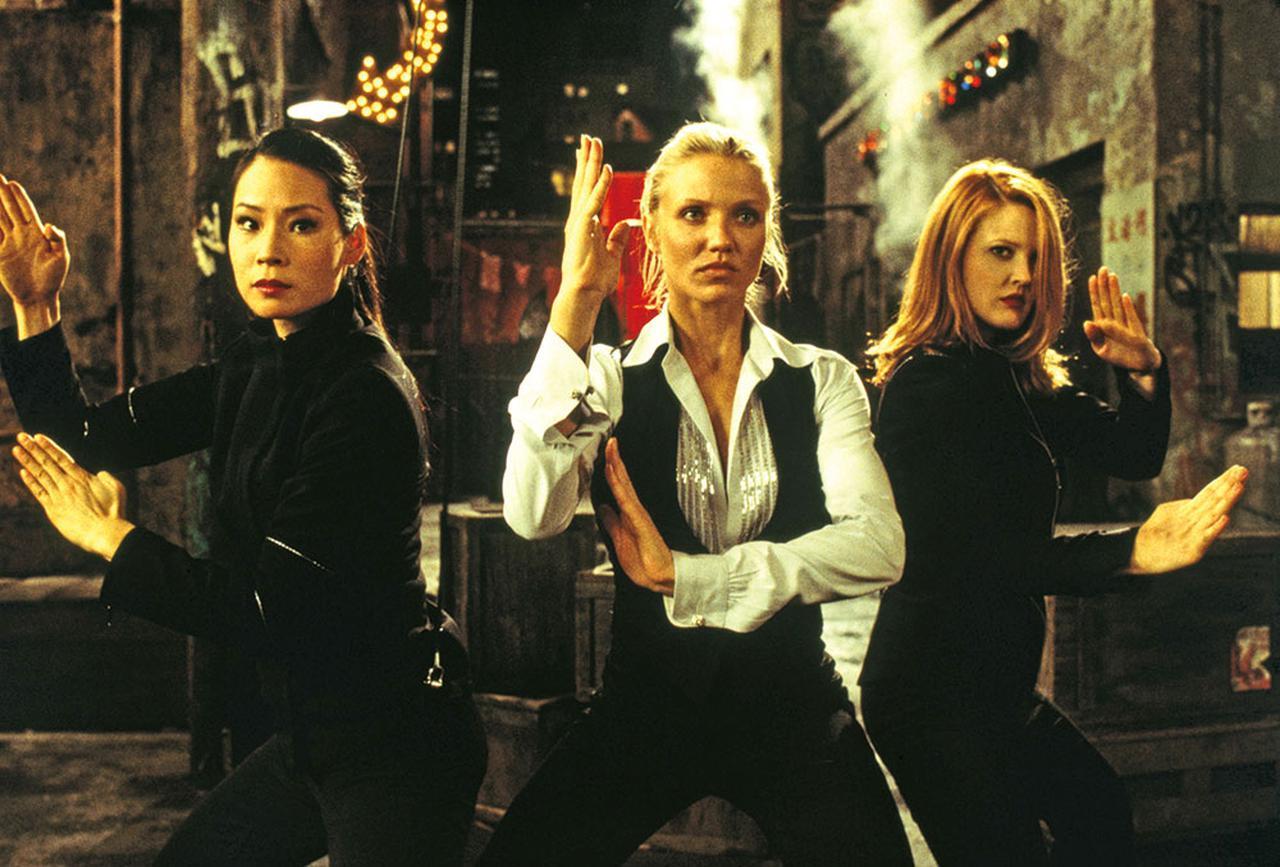 画像: 1作目「チャーリーズ・エンジェル」より © 2000 Global Entertainment Productions GmbH & Co. Movie KG. All Rights Reserved.