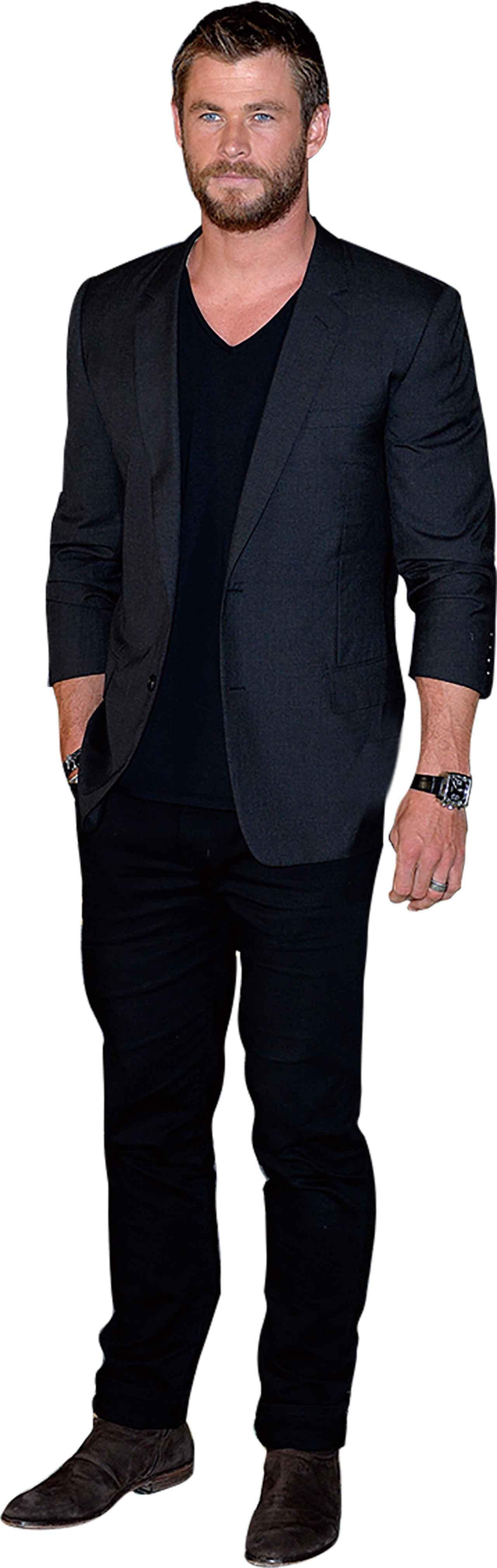 画像: クリスの定番はスーツのインナーにTシャツ!