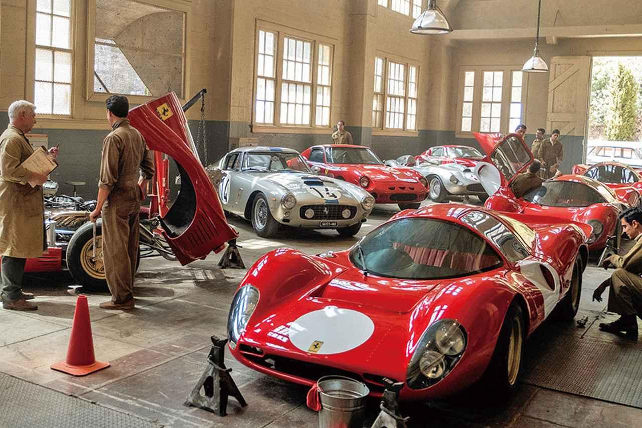 画像: フェラーリの車が並ぶ工場もスタッフの手作り。60年代への愛とこだわりが詰まっている