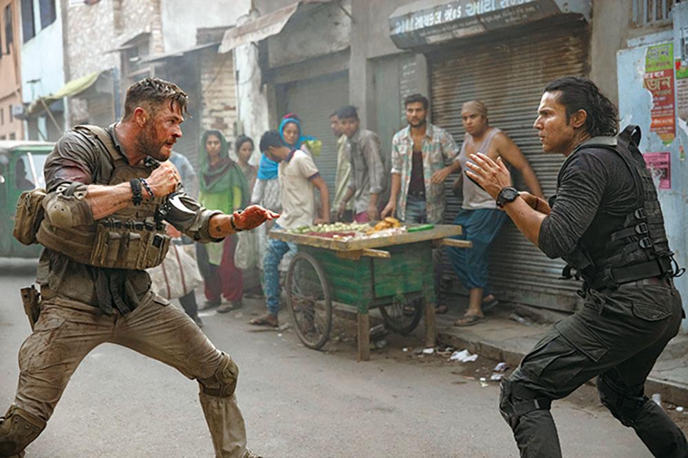 画像: 激しいアクションを体当たりで魅せるヘムズワース Kevin Mazur/WireImage for MTVe/Getty Images