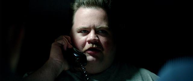 画像: リチャードを演じたポール・ウォルター・ハウザー