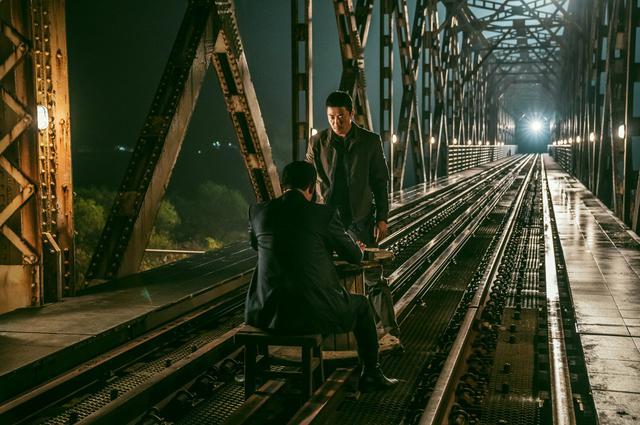 画像2: クォン・サンウが体脂肪9%の驚異の肉体に! 新作『鬼手』が公開決定