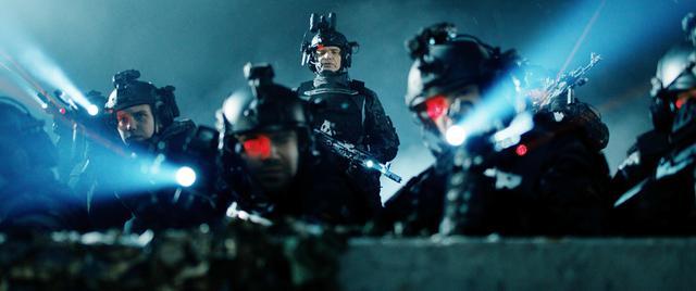 画像1: 「生存者は0.5%だけ」ロシア発侵略SF映画の迫力予告が公開