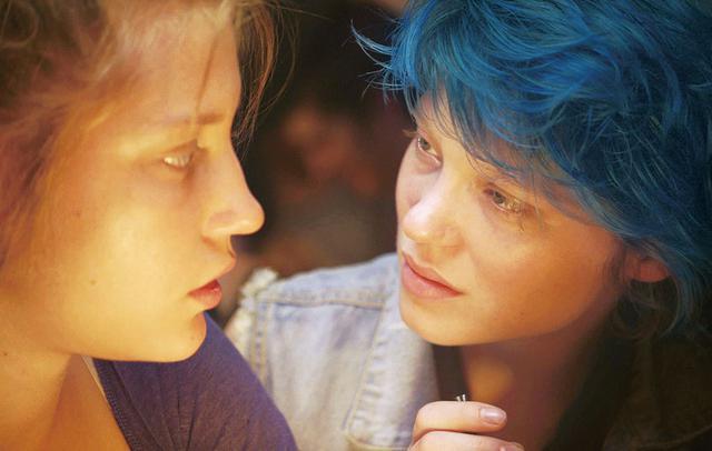 画像: ヒロインの髪色は「神秘的」な青 「アデル、ブルーは熱い色」(2013)