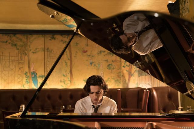 画像3: 「映画館でピアノを弾き歌うティモシー・シャラメを拝めるだなんて…」
