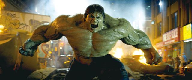 画像: 緑には「悪魔のような恐ろしさ」の意味も 「インクレディブル・ハルク」(2008)