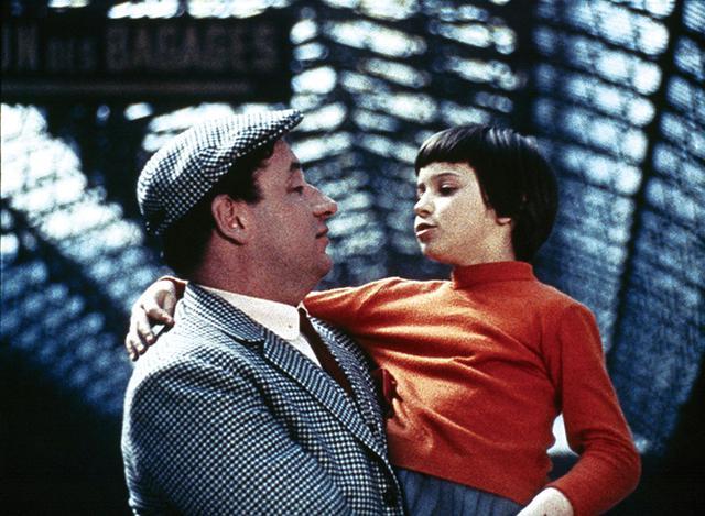 画像: セーターの赤は「好奇心」の象徴 「地下鉄のザジ」 (1960)