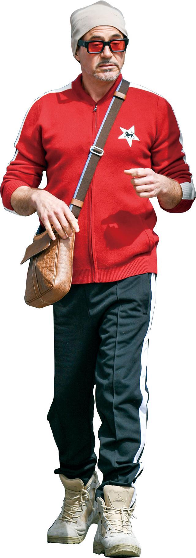 画像: 私服のファッションセンスは独特!