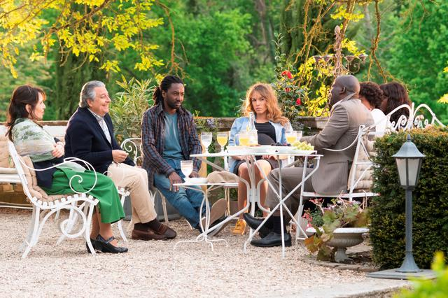 画像: 『最高の花婿 アンコール』© 2018 LES FILMS DU PREMIER - LES FILMS DU 24 - TF1 FILMS PRODUCTION