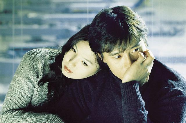 画像1: 伝統ジャンルに新風を吹き込んだ純愛映画の傑作! 「バンジージャンプする」(2001)