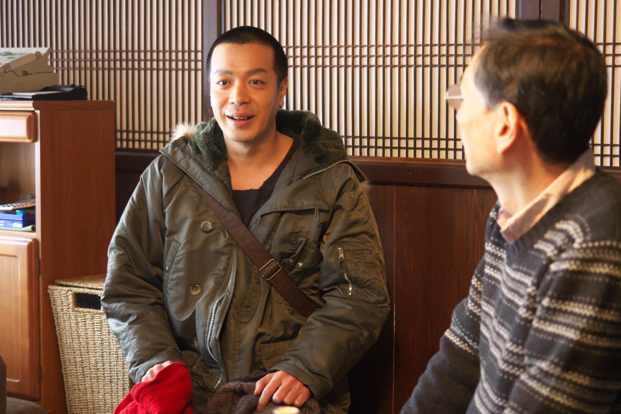 画像2: 峯田和伸(銀杏 BOYZ)×橋本マナミ出演 映画『越年 Lovers』12月に公開が決定