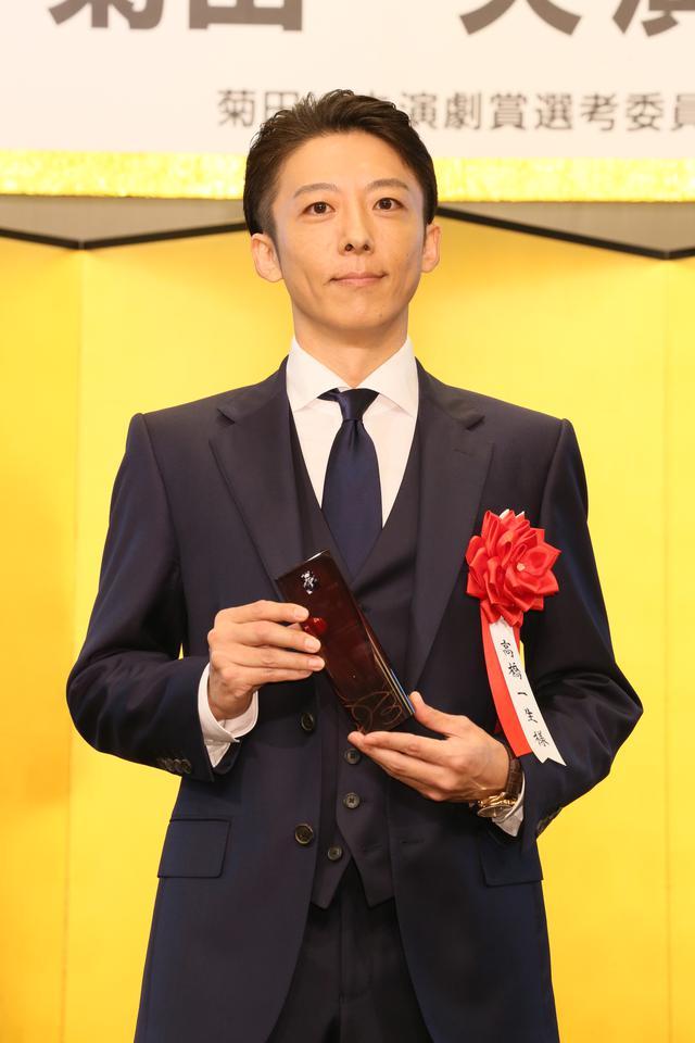 画像4: 第四十五回 菊田一夫演劇賞 授賞式、大賞受賞の堂本光一「自分がいまここにいるのはジャニーさんのおかげ」