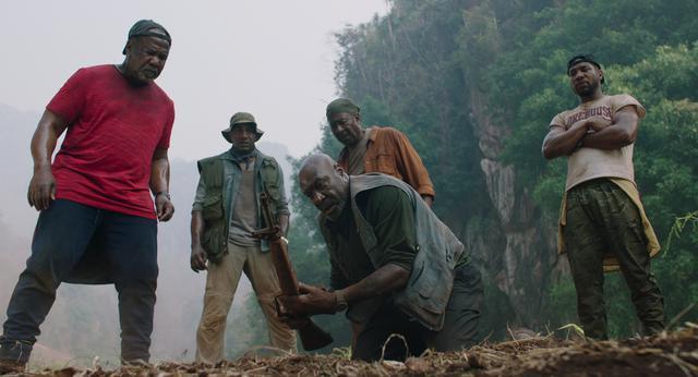 """画像: \今月のイチオシ/ 鬼才スパイク・リー監督の集大成! 現代のベトナムを舞台に""""アメリカの罪""""を描く ザ・ファイブ・ブラッズ"""