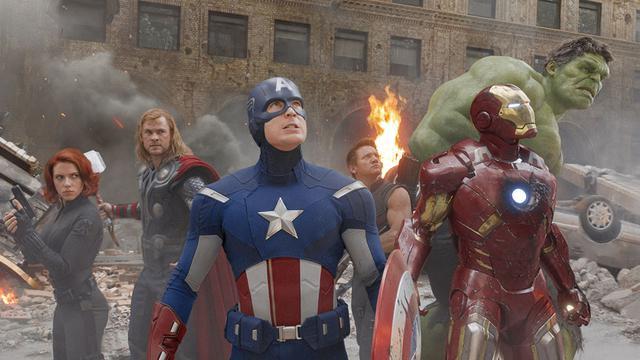 画像: ヒーローが揃う場面はやっぱり胸アツ!