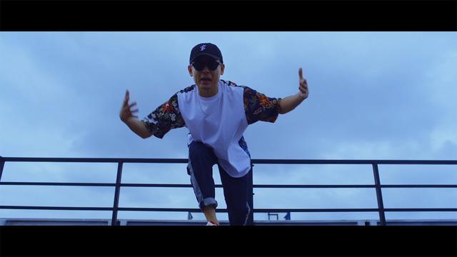 画像: LIBRO, ポチョムキン, Bose & CHOZEN LEE -「STAND STRONG」MV 映画「STAND STRONG」オリジナル主題歌 youtu.be