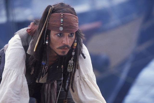画像: 代表作「パイレーツ・オブ・カリビアン」のジャック船長は当り役に/ディズニープラスで配信中 © 2020 Disney