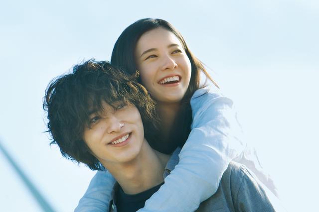 画像: 横浜流星、映画『きみの瞳が問いかけている』の役作りで10kg増量の新場面写真・コメント到着