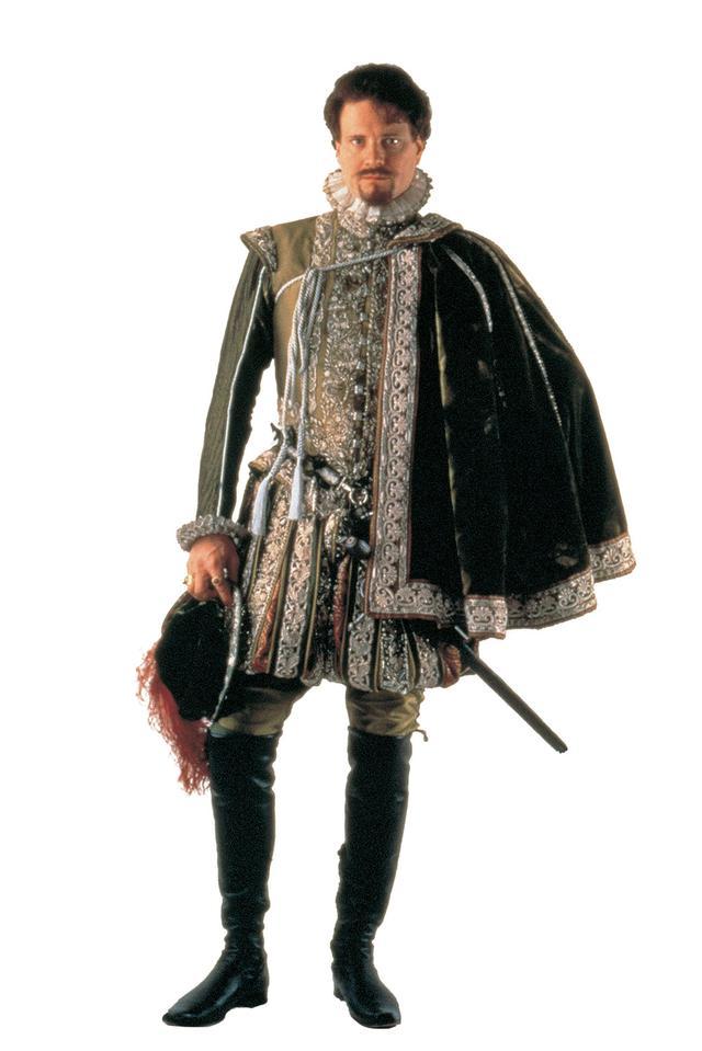 画像: 16世紀のクラシックな衣装も素敵!