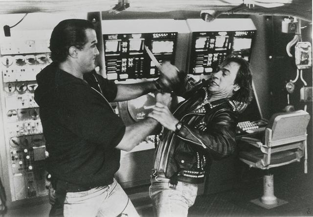 """画像: 武道家セガールの""""沈黙""""第1弾 「沈黙の戦艦」(1992)"""