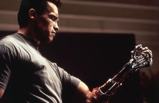 画像: 今度はターミネーターが善玉に 「ターミネーター2」(1991)