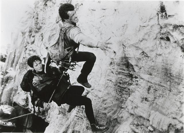 画像: スタローン&ハーリン監督の雪山アクション 「クリフハンガー」(1993)