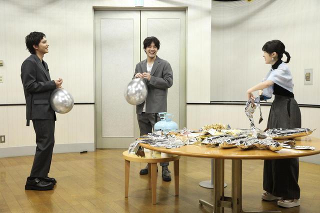 画像2: 「祝 大ヒット&祝 浜辺美波20歳!」Wでめでたいスペシャルトークイベントで浜辺美波20歳の誕生日をふりふらメンバーでお祝い!
