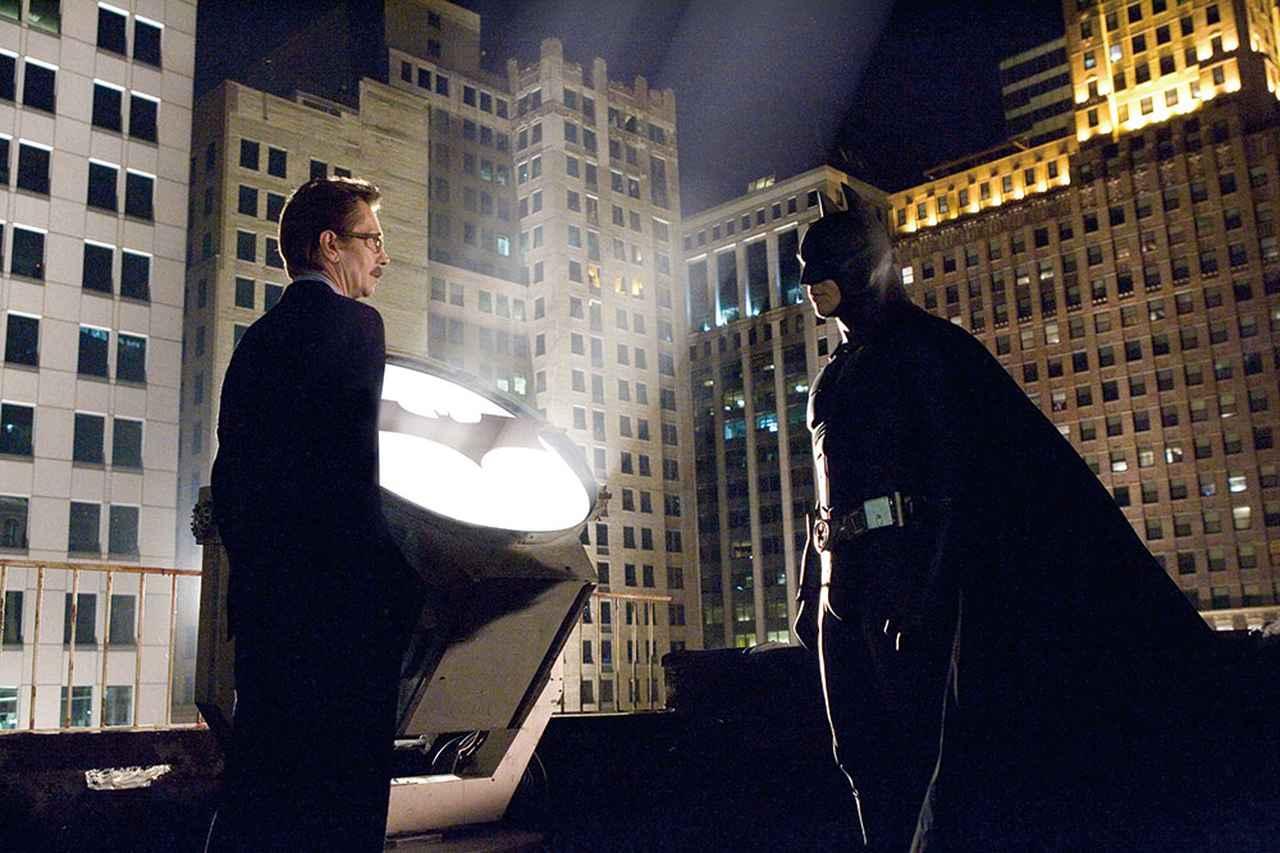 画像: 初の大ヒット作となった「バットマン ビギンズ」(2005)