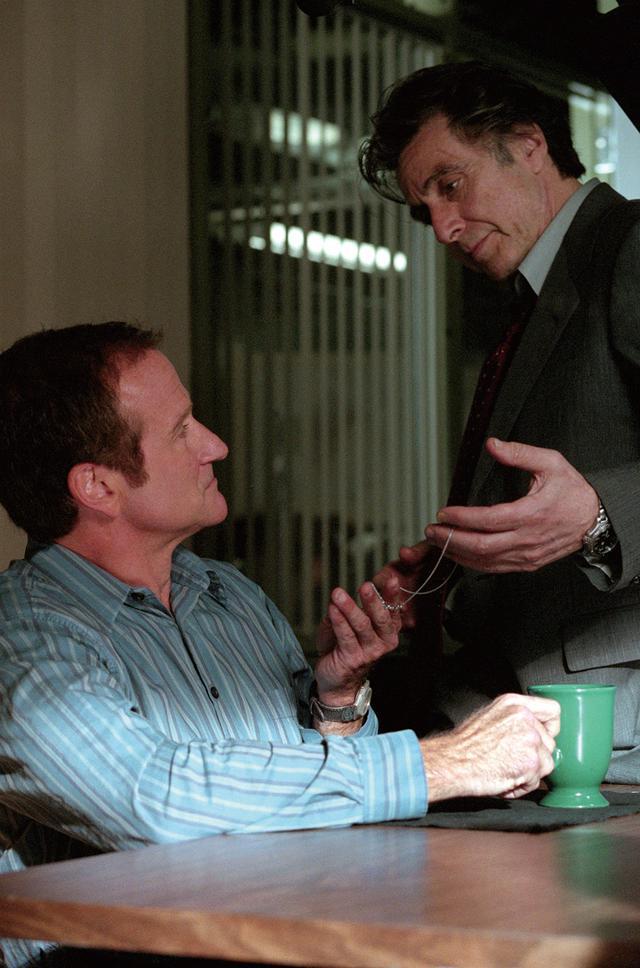 画像: パチーノ演じる主人公が追い込まれていく「インソムニア」(2002)