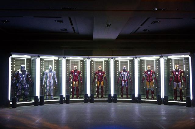 画像: アイアンマン ホール・オブアーマー/トニー・スタークのラボに格納されたアーマー群