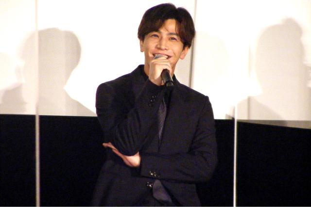 画像: スター俳優(時戸森則)役を演じた岩田剛典、役柄について