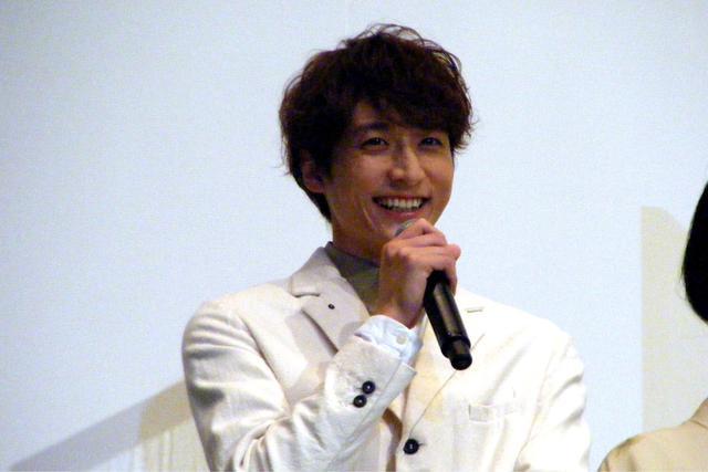 画像: 町医者・源斉先生役の小関裕太