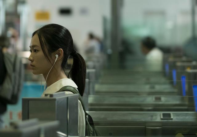 画像: 大陸と香港の今を反映した描写は日本人のわれわれには興味深い光景に映る