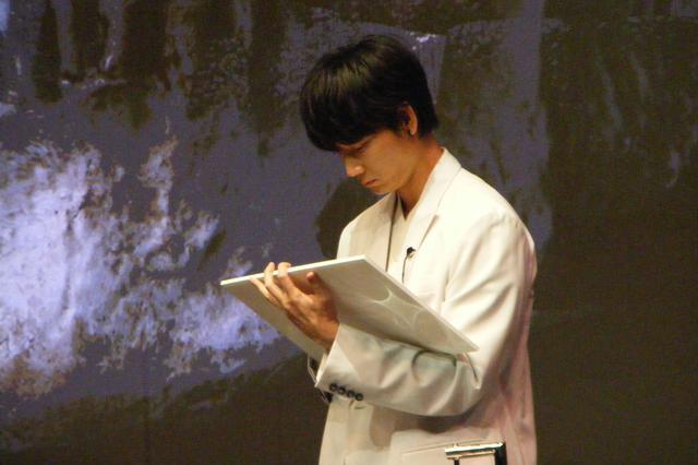 画像4: 映画『ドクター・デスの遺産―BLACK FILE―』完成報告イベントに主演・綾野剛と北川景子が登壇!芸能界同期の2人のコンビ度は何%?