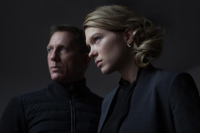 画像: ボンドはミスター・ホワイトの娘マドレーヌと恋に落ちるが 「007 スペクター」(2015)より