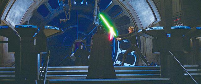 画像: 第3位:皇帝の前で戦うベイダーとルーク/「スター・ウォーズ エピソード6/ジェダイの帰還」