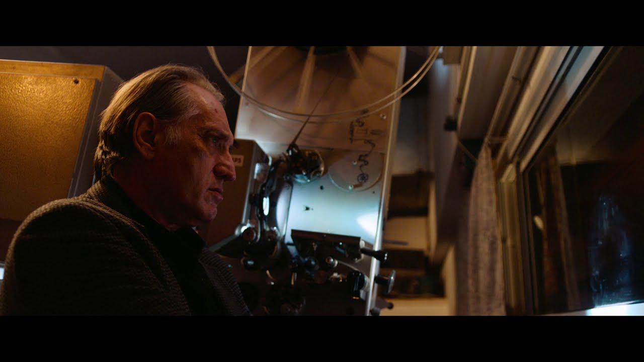 画像: 12/18(金)公開『声優夫婦の甘くない生活』イスラエルでフェリーニ監督作の上映がついに叶った瞬間…本編映像 youtu.be