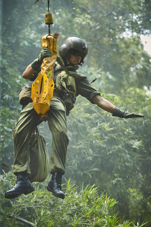 画像: ベトナム戦争の知られざる英雄の真実を浮き彫りにしていく