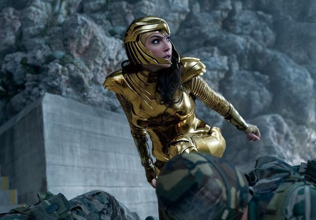 画像: 真のヒーローだけが着用できるゴールドアーマー