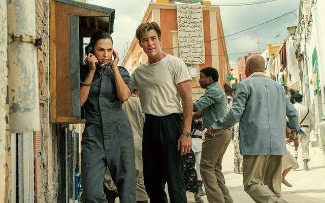 画像: 復活したスティーブとエジプトへ向かうダイアナ