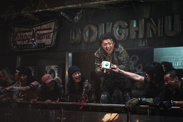 画像4: 終末後の世界で襲い来る感染者と戦う者たち
