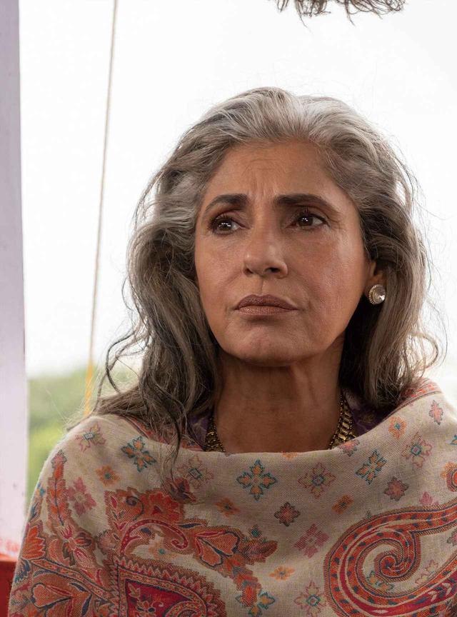 画像: 当初はインドのムンバイで出会ったプリヤ(ディンプル・カバディア)が黒幕だと思われていたが…