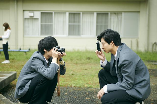 画像8: 鈴鹿央士、久保田紗友、鈴木仁ら『ホリミヤ』出演陣のオフショット一挙大量公開!