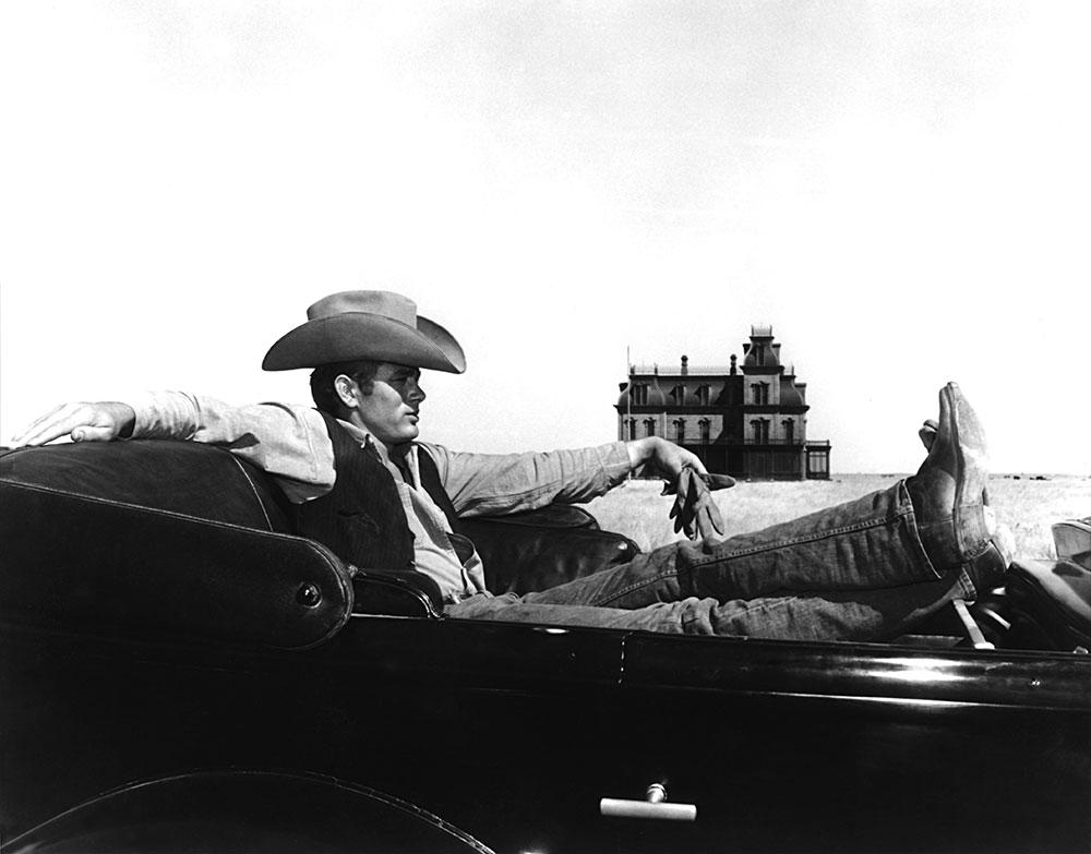 画像: 廃れゆく広大な米南部で牧童から石油王となる男の生涯を熱演する大河ドラマ