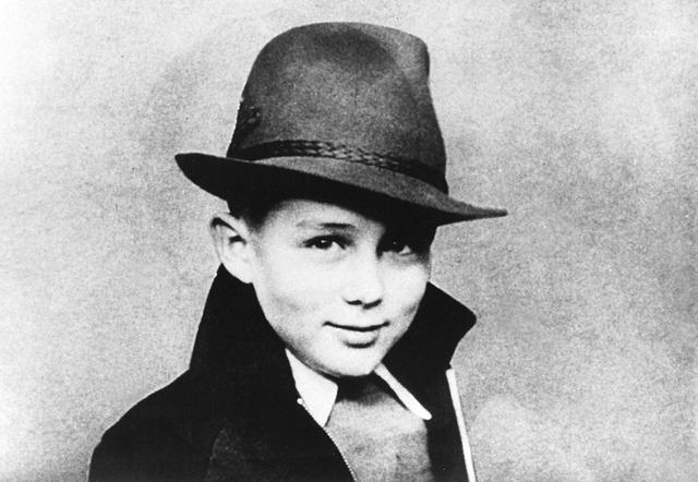 画像: 9歳の頃のジミー