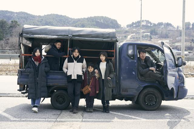 画像: アジアの天使 (c) 2021 The Asian Angel Film Partners