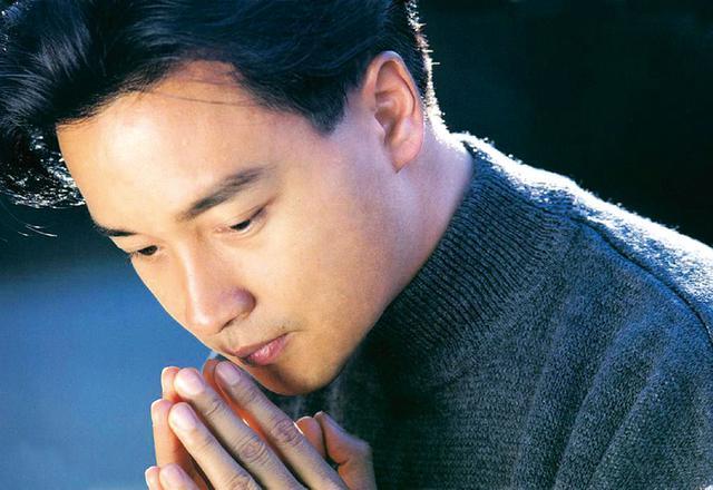 画像: 俳優・歌手として大人気だったがなぜか香港のホテルで悲劇が…