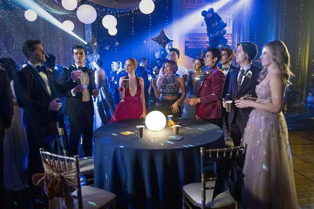 画像: Netflixオリジナルシリーズ『リバーデイル』シーズン1~ 5独占配信中