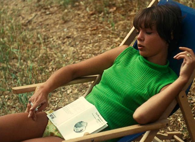 画像: 『コレクションする女』(66) La Collectionneuse © 1966 Les Films du Losange