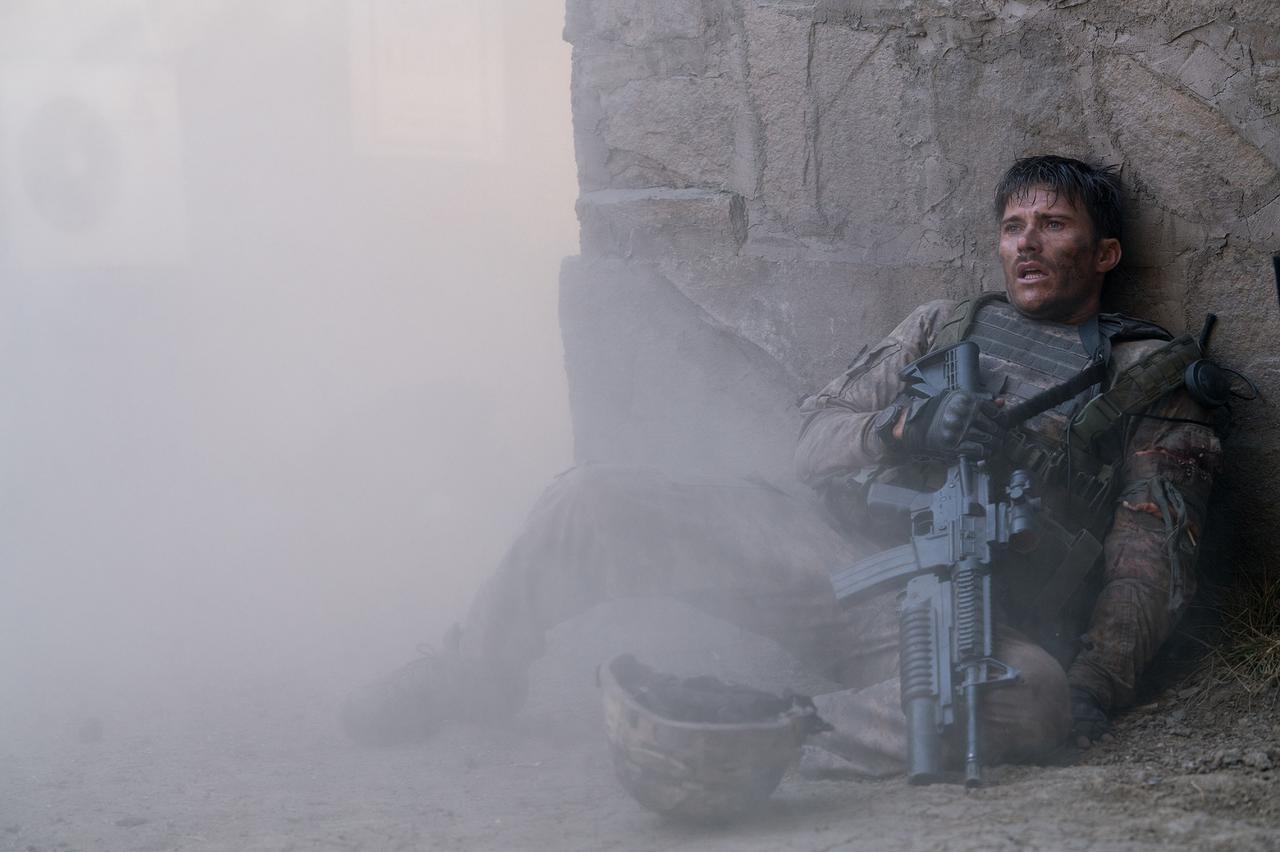 画像1: 圧倒的不利な状況下で、兵士たちは如何にして戦い抜いたのか?